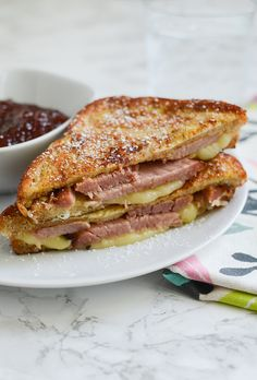 Monte Cristo Sandwiches - easy recipe using leftover Easter ham! These sandwiches are the perfect combo of sweet and salty! Great for breakfast, lunch, or dinner! CuremasterReserve AD