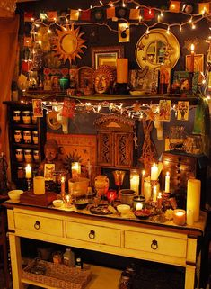 hippy room 698339485958495926 - Home Interior Design Source by celjonville Wiccan Decor, Wiccan Altar, Witch Room, Hippy Room, Deco Boheme, Witch House, Aesthetic Bedroom, Dream Rooms, Bohemian Decor