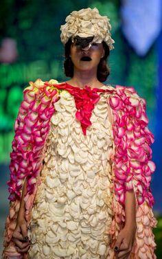 Bio Fashion Show in Pictures