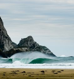The Catlins surf by Southland, New Zealand, via Flickr