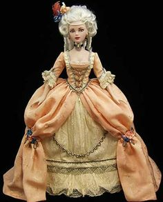 Dolls in royal attire, porcelain figurines Rococo. Discussion on LiveInternet…