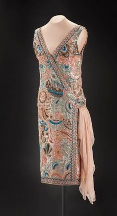 Jenny of Paris dress, c. 20s Fashion, Fashion Now, Art Deco Fashion, Fashion History, Fashion Dresses, Vintage Fashion, Fashion Design, Vintage Style, 1920s Outfits