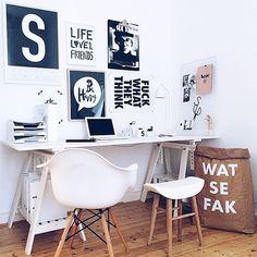 Cred: @______sebastian - I looove you! Amazing homeoffice!  ________________________________  #homeoffice #workspace #eameschair #homedecor #interior4all #interior2you #hjem #interior123 #rom123 #inredning #interiorinspo #interior #finahem #roomforinspo #heminredning #nordicdesign #inredningsinspiration #skandinaviskehjem #instahome #interiør #inredningsdetalj #boliginspiration #nordiskehjem