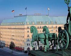 Hotel Adlon Kempinski, Berlin, Germany The balcony that Michael Jackson dangled his baby from. Budapest, Le Palace, Kempinski Hotel, Brandenburg Gate, Das Hotel, Berlin Wall, Great Hotel, City Break, Charlie Chaplin
