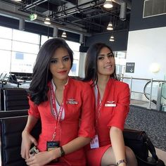 21 Slightly Racy Photos Of The Hottest Female Cabin Crew The Airlines Tried To Ban! Flight Attendant Hot, Airline Cabin Crew, Famous Beaches, Attendance, Beautiful Asian Girls, Fly Girls, Flight Girls, Female Pilot, Women