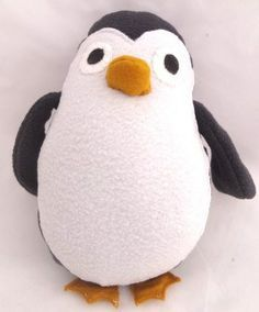 * Plushie – Penguin -- free pattern & instructions