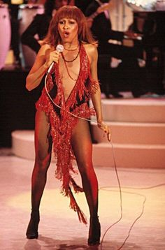 Tina Turner in Bob Mackie stage costume Tina Turner Proud Mary, Ike And Tina Turner, Rock And Roll Bands, Bob Mackie, Female Singers, Celebs, Celebrities, Mannequins, American