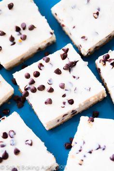 Skinny Chocolate Chip Cheesecake Bars I Sally's Baking Addiction Healthy Dessert Recipes, Healthy Baking, Healthy Desserts, Delicious Desserts, Snack Recipes, Ww Desserts, Snacks, Ww Recipes, Baking Recipes