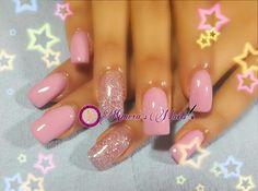 #nails #uñasbellas #uñasacrilicas #acrilycnails #uñas #diseño #kimerasnails #glitter #color #pink #pinkis #rosa #fresas #fashionnails #fashion #sculpturenails #esculturales #sculpture