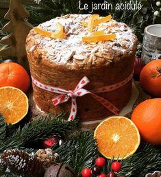 Le panettone, est un grand classique à Noël. Mais on peut continuer à en manger jusqu'à la fin du mois 😉Pour celles et ceux qui ne connaîtraient pas encore, c'est une brioche d'origine italienne, très parfumée. Les ingrédients : – 500 g de farine – 2 sachets de levure de boulanger sèche (14 g) – 100 g de sucre – […] Panettone est un article de LE JARDIN ACIDULÉ.pour faire le plein de recettes, idées voyages, DIY
