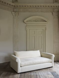 The Petersham Sofa by Rose Uniacke | Rose Uniacke