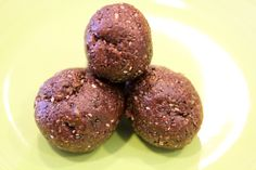 Raw dessert balls made from nuts, dates and cacao powder and kept in the freezer. I am so going to make these!