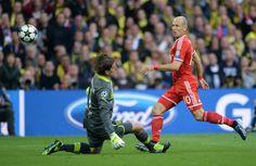 Arjen Robben gives Netherlands lead over Australia (GIF)