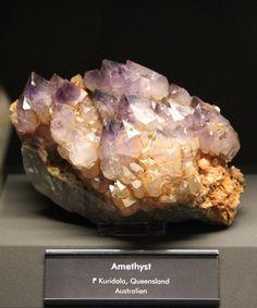Аметист. Kuridala, Квинсленд, Австралия. Образец: Музей Terra mineralia, Германия.