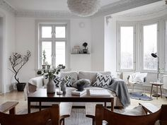 https://decordemon.blogspot.co.at/2016/02/husargatan-2-swedish-apartment-with.html