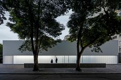 metro arquitetos opens casa triângulo, a contemporary art gallery in são paulo