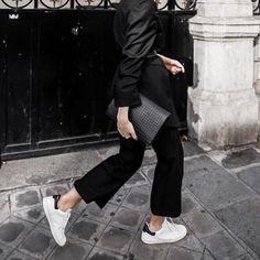 Cropped Flare | All Black | Minimal | Street Style | White Sneaker | HarperandHarley