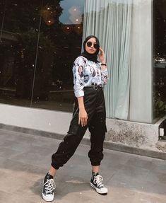 Modern Hijab Fashion, Street Hijab Fashion, Hijab Fashion Inspiration, Muslim Fashion, Casual Hijab Outfit, Hijab Chic, Casual Outfits, Fashion Outfits, Hijab Style Tutorial