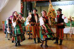 Folk costumes - Page 10