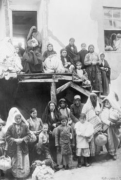 Refugees from the Armenian Genocide waiting for work at Marsavan (1915-1923)