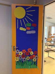 Samen met de leerlingen in de eerste week van het nieuwe schooljaar een deurposter gemaakt. Wij zijn klaar om te groeien :)