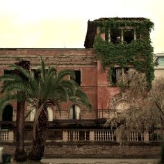 I could live here... #italia #italy #wlochy #włochy #pescara #abruzzo #oldbuilding