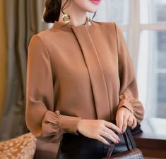 New camel long buttoned sleeve women chiffon blouse top shirt casual office work - Tops High Street Fashion, Fashion Black, Trendy Fashion, Fall Fashion, Ärmelloser Pullover, Blouse Sexy, Work Blouse, Sexy Bluse, Casual Dresses