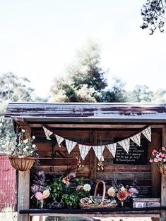 A family's recycled brick house and sustainable flower farm Cut Flowers, Dried Flowers, Flower Cart, Flower Truck, Kids Market, Recycled Brick, Flower Farmer, Boho Theme, Suffolk Sheep