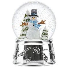 Make a glittery Mason Jar Snow Globe for Christmas this year! A great winter craft to make if you aren't expecting a White Christmas where you are.