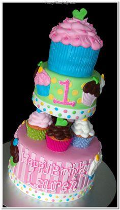 1st Birthday cupcake cake!! So cute! From fancythatcake.com