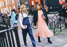 Street Style: London Fashion Week Fall 2015 – Vogue Pernille Teisbaek and Natalie Massenet with an Anya Hindmarch clutch