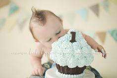 for Gavin's cake smash photo