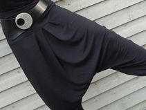 DSCHINGIS- Sarouel-/ Haremshose aus Viscosejersey Etsy, Outfit Ideas, Outfits, Accessories, Fashion Styles, Clothes For Women, Clothing, Suits, Kleding