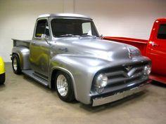 1953 Ford F-100 Pickup Truck