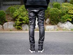 minsobi-urban-classic Schwarz beschichtete Herrenhose – Low Rise + Skinny  Fit. Black df4932629f