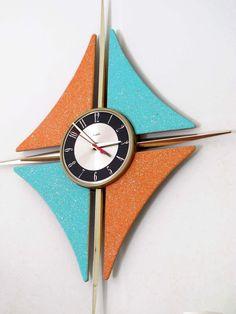 VINTAGE VERICHRON WALL CLOCK w CANDLE SCONCES MCM Mid-Century Modern Starburst