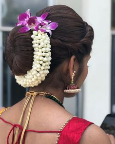 29 Trendy Ideas For Bridal Nails Designs Brides Flower Donut Bun Hairstyles, Indian Bridal Hairstyles, Indian Wedding Hairstyles, Bride Hairstyles, Bridal Hair Buns, Bridal Braids, Bridal Hairdo, Bridal Nails Designs, Traditional Hairstyle