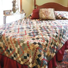 FREE Garnet Trace Queen/King Size Quilt Pattern Designed by SARAH MAXWELL and DOLORES SMITH Featured in the July/August 2015 issue of McCall's Quilting FREE quilt pattern at the link