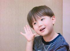 แฮชแท็ก #แทโอ ในทวิตเตอร์ Korean Babies, Asian Babies, Cute Little Things, Little Ones, Cute Kids, Cute Babies, Kids Boys, Baby Kids, Tae Oh