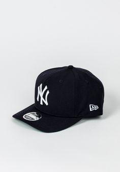 New Era Precurved New York Yankees New York Yankees, Baseball Hats, Fitness, Accessories, Fashion, Moda, Baseball Caps, Fashion Styles, Caps Hats