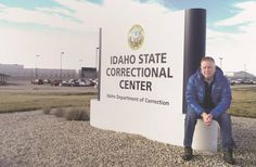 Retired Judge Mike Heavey traveled to the Idaho State Correctional Center in Kuna on Wednesday to show Chris Tapp a video that details a confession he says was false. Tapp has served 19 years in prison for a murder that many law enforcement and judicial experts believe he didn't commit.