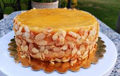 Yema, Apple Pie, Cupcakes, Food And Drink, Chocolate, Sweet, Desserts, Flan, Queso