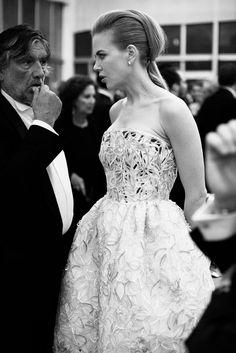 Cool Chic Style Fashion: Fotografia in bianco e nero Timeless Beauty, Timeless Classic, Daily Fashion, Style Fashion, Chopard, Cannes Film Festival, Beautiful Dresses, One Shoulder Wedding Dress, Luxury Fashion