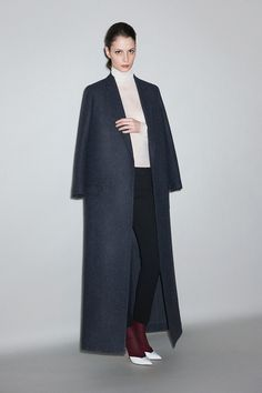 Céline Pre-Fall 2011 - Runway Photos - Fashion Week - Runway, Fashion Shows and Collections - Vogue
