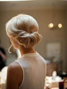 30 chignon Hairstyles wedding for Spring.The perfect hairstyle for brides or bridesmaids! sophisticated chignon,Classic Chignon,sleek chignon not messy,Messy Side Chignon Hairstyle Short Hair Updo, My Hairstyle, Short Hair Styles, Bun Hair, Perfect Hairstyle, Hairstyle Ideas, Updos For Fine Hair, Bangs Ponytail, Curly Bun