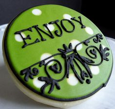 Good example of combining dots in the icing with decorations on top of icing layer