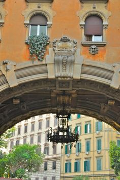 Quartiere Coppedè Rome (photo Luca Semplicini) http://www.romeing.it/quartiere-coppede-rome/