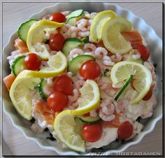 Spinach Bottom-of-trout – Shellfish Recipes Food N, Good Food, Food And Drink, Great Recipes, Healthy Recipes, Shellfish Recipes, Danish Food, Buffet, Fish Dishes