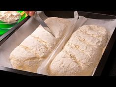 Domácí chléb si díky tomuto receptu opravdu vychutnáte | Chutný TV - YouTube Pizza Oven Outdoor, Ciabatta, Baked Chicken, Tea Time, Bakery, Food And Drink, Bread, Cheese, Cooking