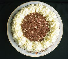 Tort cu crema de lapte - Rețete Papa Bun Caramel, Grains, Food, Sticky Toffee, Candy, Essen, Meals, Seeds, Yemek